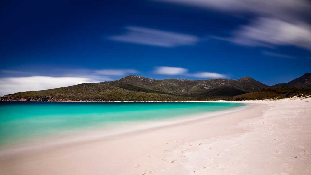 Note the two photographs featured in this article are available for